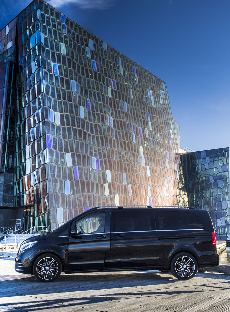 Private Airport Transfers in Iceland